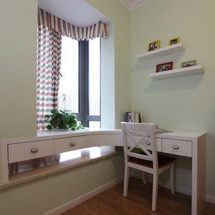卧室整体衣柜加书桌设计图展示 飘窗改书桌设计图 上述内容为转载或
