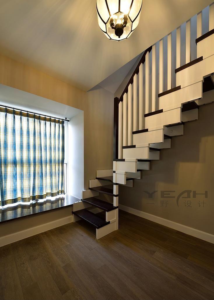 复式楼美式楼梯窗户装修设计效果图欣赏图片