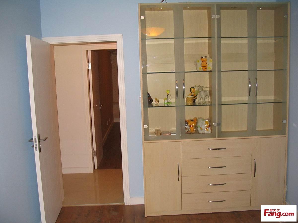 可做客厅对大门的隔断柜-隔墙柜图片 最新隔墙柜图片大全