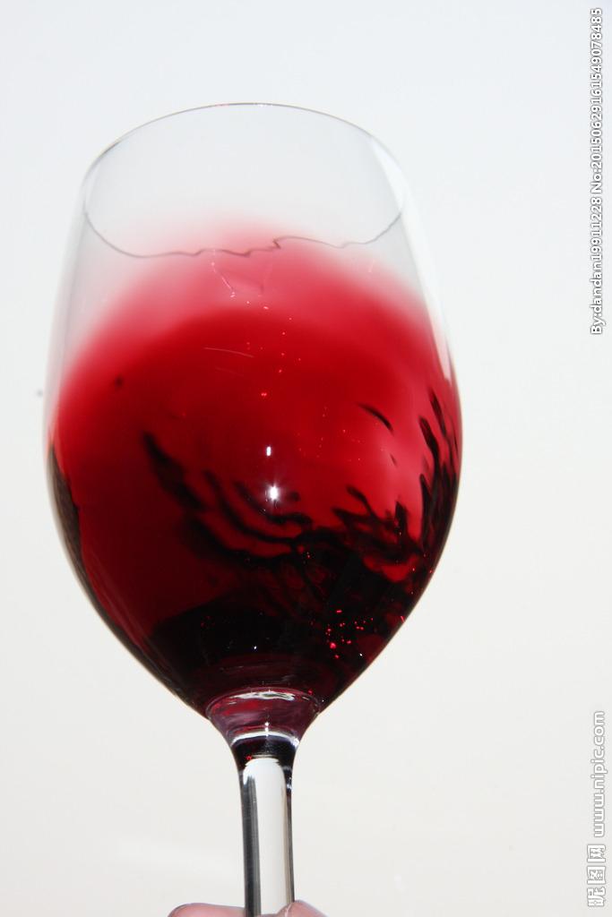 红酒杯图片-最新红酒杯图片大全