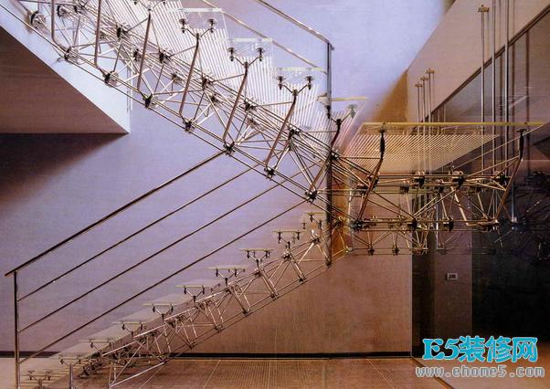 楼梯设计规范小户型楼梯设计方案  楼梯踏板的设计规范  楼梯设计规范(1)  楼梯尺寸设计规范  楼梯梯段净高是多少楼梯坡度设计规范  楼梯设计,楼梯设计图,室内楼梯设计  楼梯设计规范有哪些  楼梯间设计规范,楼梯间设计案例图 上述内容为转载或编者观点,不代表新家网意见,不承担任何法律责任。