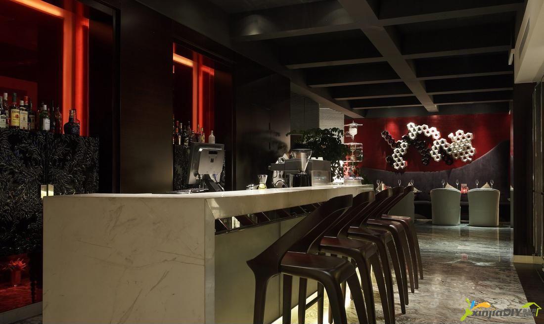 编号:974 - 饭店装修效果图 - 混搭风格饭店吧台设计装修效果图.jpg